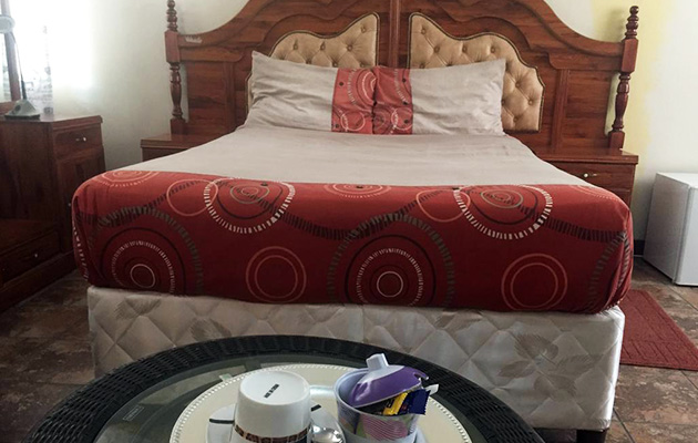 Residence Inn, Guest House, Air-Conditioned, Self Catering, Guest Lodge, Accommodation in Maun, Ngamiland, North-West District, Botswana